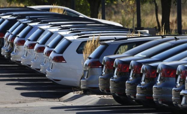 Скок на продажбите на нови коли в ЕС и България през март