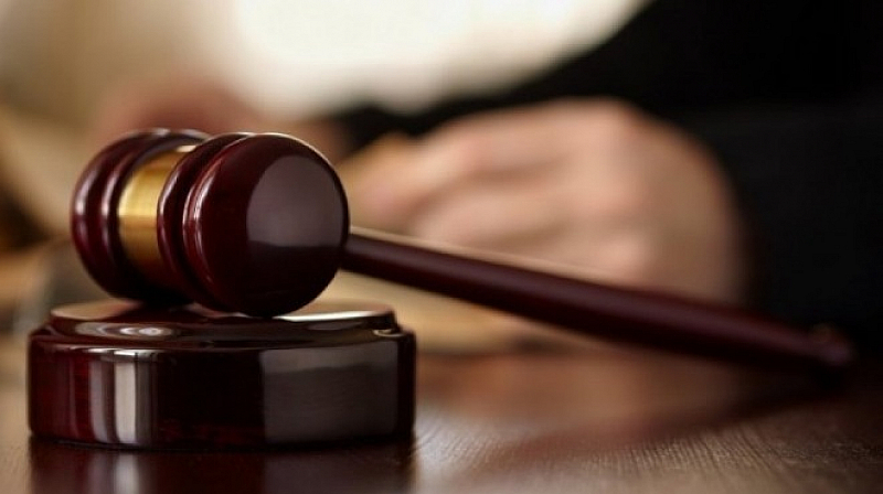 Осъдиха 17 души от българска сводническа мрежа на до 8 години затвор във Франция