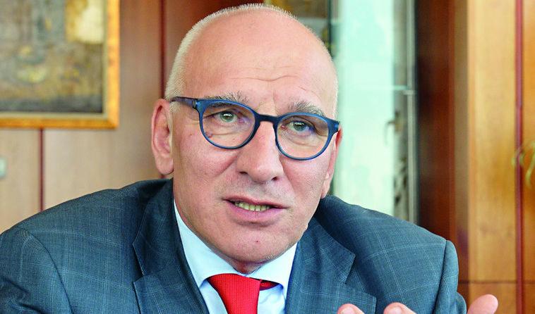 Хампарцумян: Да имаш офшорни сметки не е престъпление